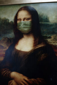 Mono Lisa with a face mask